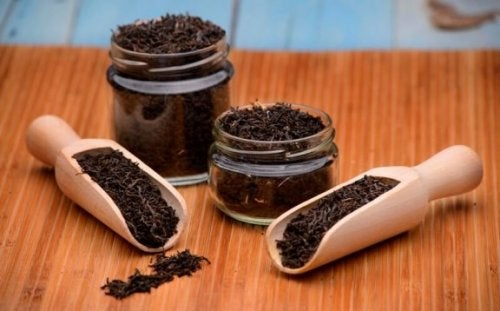 6 страхотни лечебни средства с черен чай, които е добре да познавате