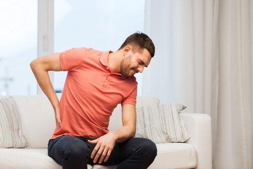 6 причини за болка в гърба