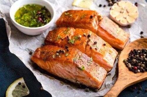 Три начина за приготвяне на печена сьомга