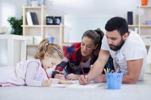 Учете заедно, за да подобрите оценките на децата в училище.