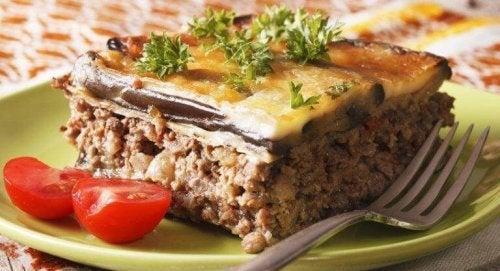 Зарадвайте семейството си с класическо и здравословно ястие от съседна Гърция.