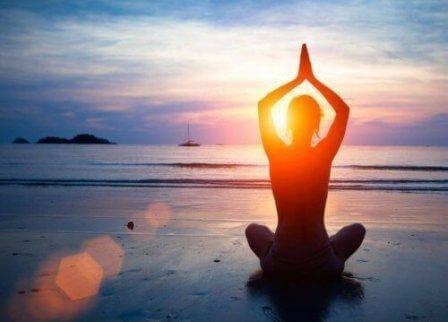 Кой е най-подходящият начин за практикуване на йога?