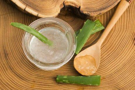 Растението алое вера е сред най-добрите натурални средства за локално лечение на псориазиса.