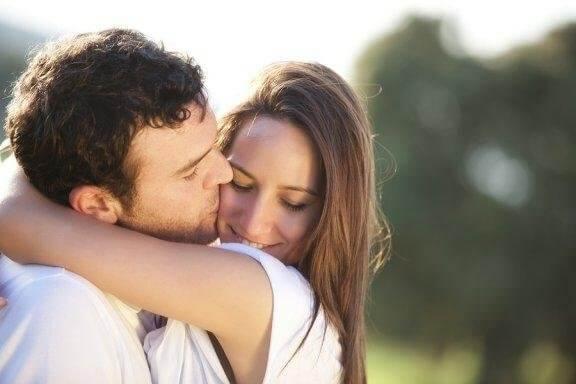 Четири признака, че наистина обичате половинката си