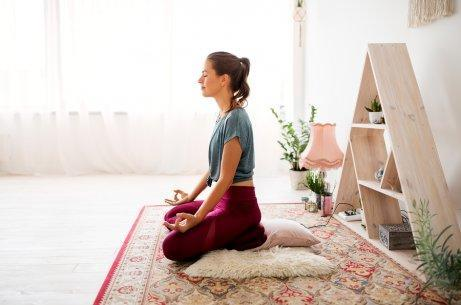 Медитацията ще ви помогне да контролирате стреса.