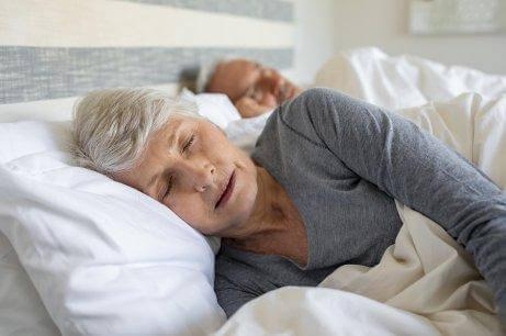 Носете памучни дрехи, за да спите по-добре.