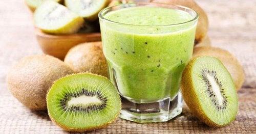 Сокът от киви е ефикасно средство против хроничен запек.