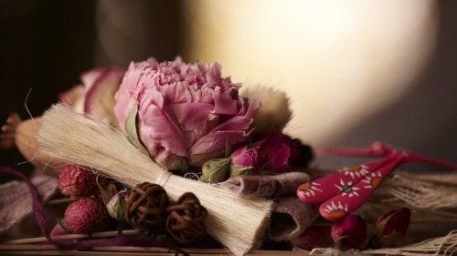 Натурални ароматизатори за дома: сухи цветя