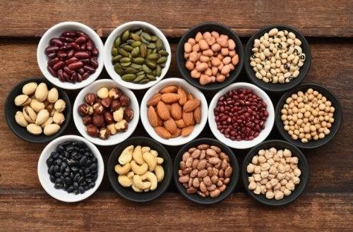 Повишени нива на пикочната киселина: бобови растения в купички