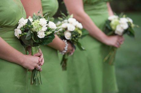 избор на подходящо облекло за сватба