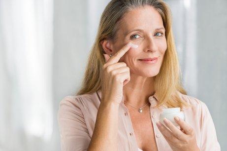 Използвайте редовно стягащ крем.