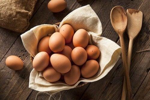 Яйцата са незаменим източник на висококачествени протеини.