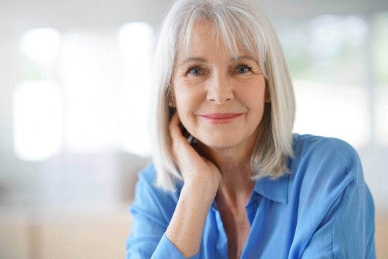 3 домашни средства за покриване на белите коси