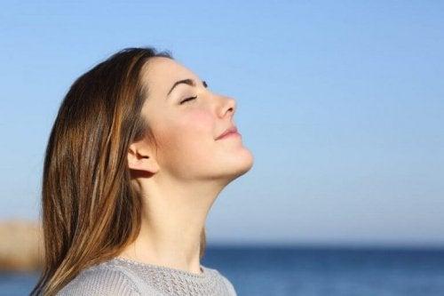 Дълбокото дишане ще ви помогне да отслабнете постепенно.