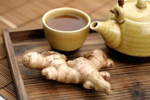 За да активирате метаболизма: чай от джинджифил