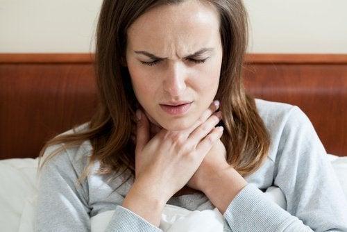 Шумът в гърлото е сред честите звуци издавани от тялото и може да е сигнал за сериозен проблем.