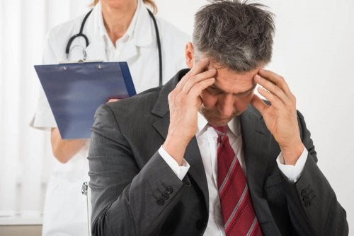 Тензионната мигрена се появява обикновено в края на деня.