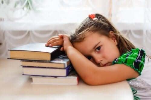 Нарушеният сън при децата води до редица проблеми.