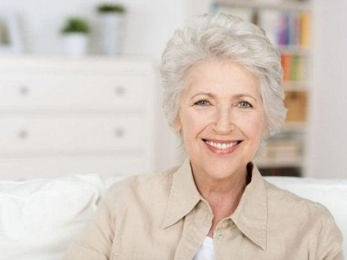 Дефицитът на витамин D: лице на възрастна жена
