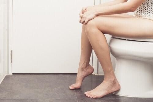 Понякога ходенето до тоалетна може да бъде болезнено.