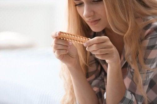 Приемът на противозачатъчни понижава защитните сили на лигавицата на пикочния мехур.