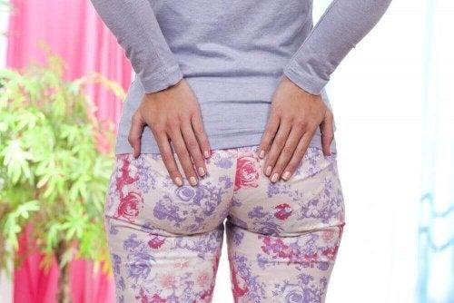 Сичптоми на неприятните хемороиди