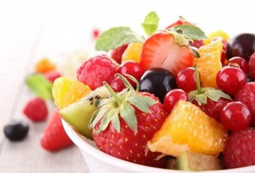 Кожните гъбични инфекции се лекуват с подходяща диета.