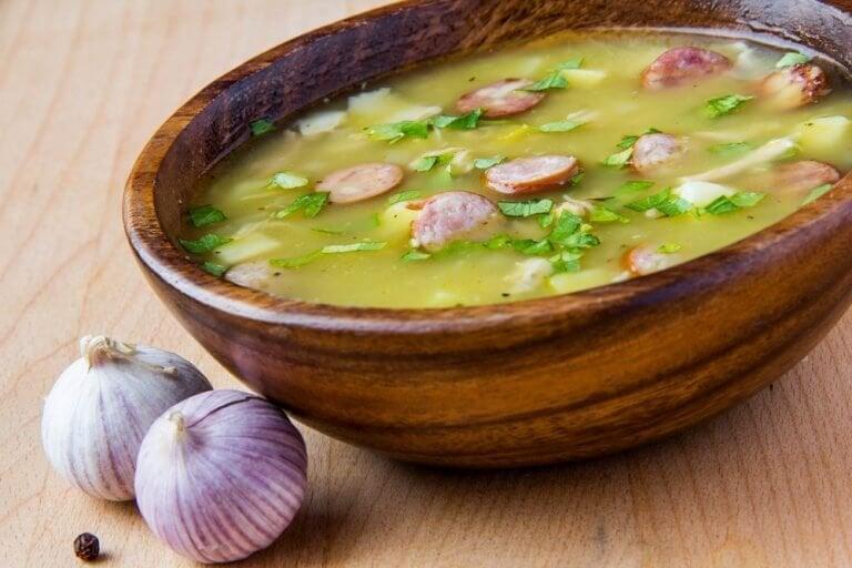 Опитайте тази рецепта за вкусна супа с шунка серано