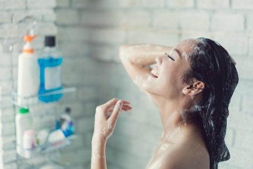 Вземането на горещ душ помага при редица здравословни проблеми.
