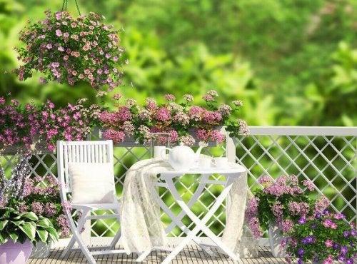 Романтична обстановка на терасата