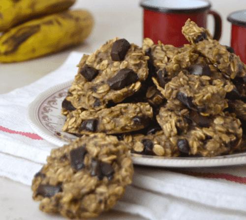 Овесените бисквити: снимка на овесени бисквити в чиния