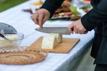 Най-добрите съвети за рязане на сирене