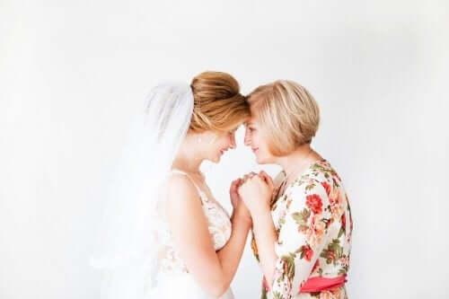6 съвета за това какво да облечете като майка на булката или младоженеца