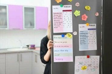 Как да направите организационно табло за кухнята