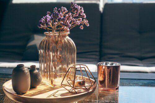 Лавандула в стъклена ваза