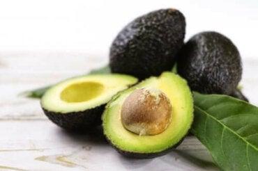 С грижа за здравето: 3 рецепти с авокадо