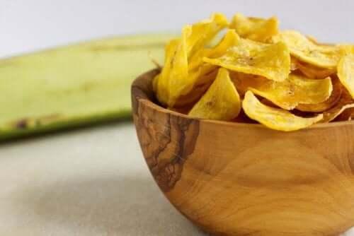 Зеленчуковият чипс е чудесен заместител на традиционния продукт.