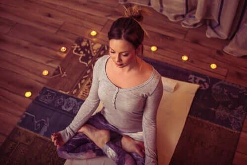 Медитация във вашия уютен дом.