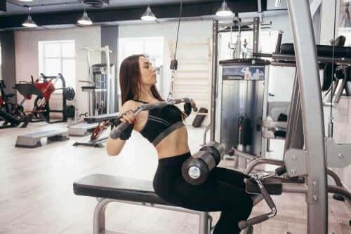 Разтягането на мускулите е сред най-добрите упражнения при болка в долната част на гърба.