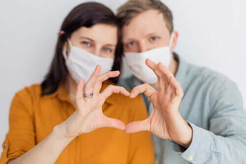 Може ли да се заразите с коронавирус по полов път?