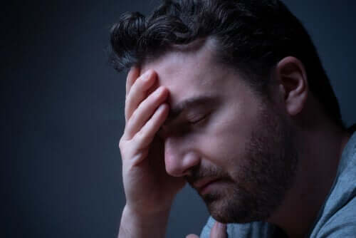 Умората и безсънието са често срещани по време на кризи.