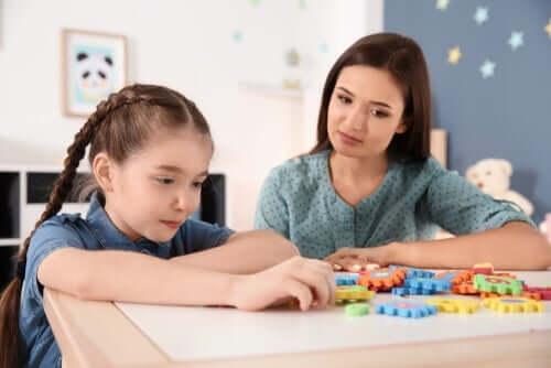 Как да занимавате децата с аутизъм по време на пандемията?