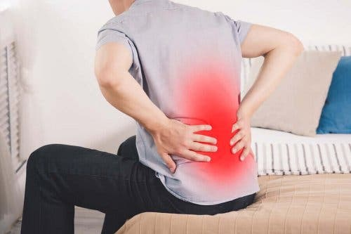 Една от причините за болка в бъбреците са инфекциите.