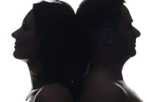 Вярно ли е, че коронавирусът засяга повече мъжете отколкото жените?