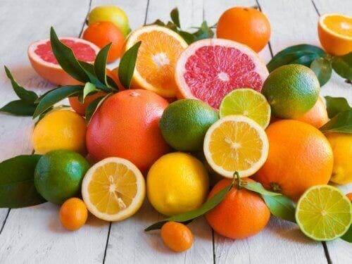 Включвайте в менюто си много плодове и зеленчуци.