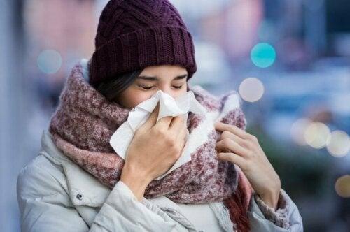 Бе доказано, че коронавирусът се разпространява по-лесно в студена, суха среда.