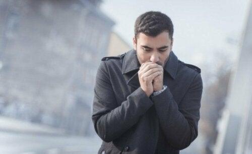 Респираторните вируси върлуват най-вече през зимата.