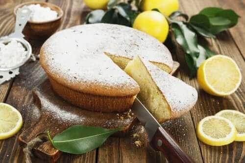 Вкусна джинджифилова торта с лимон и мед