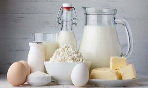 Млечните продукти съдържат редица полезни за здравето вещества.