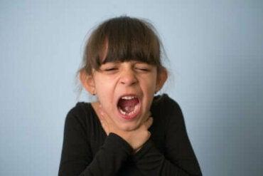 Задавянето при децата: какво да правите и как да го предотвратите